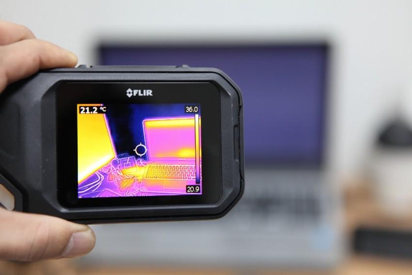 Wärmeverluste schnell und effektiv im Haus mit Wärmebildkamera entdecken und beheben